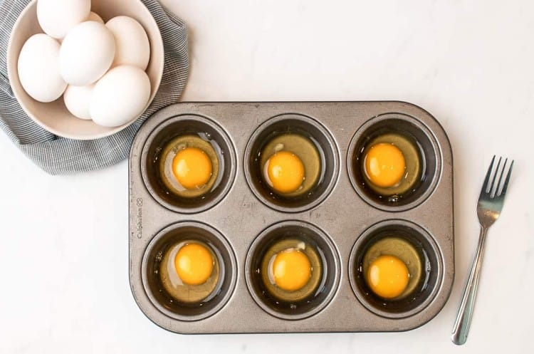 can you freeze hard boiled eggs