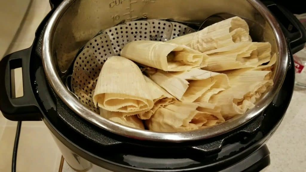 how long do you steam tamales