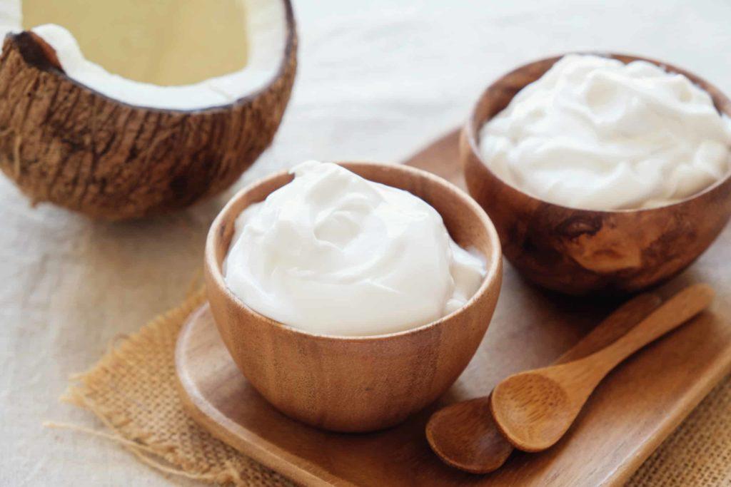 Storing the Greek yogurt after dividing it